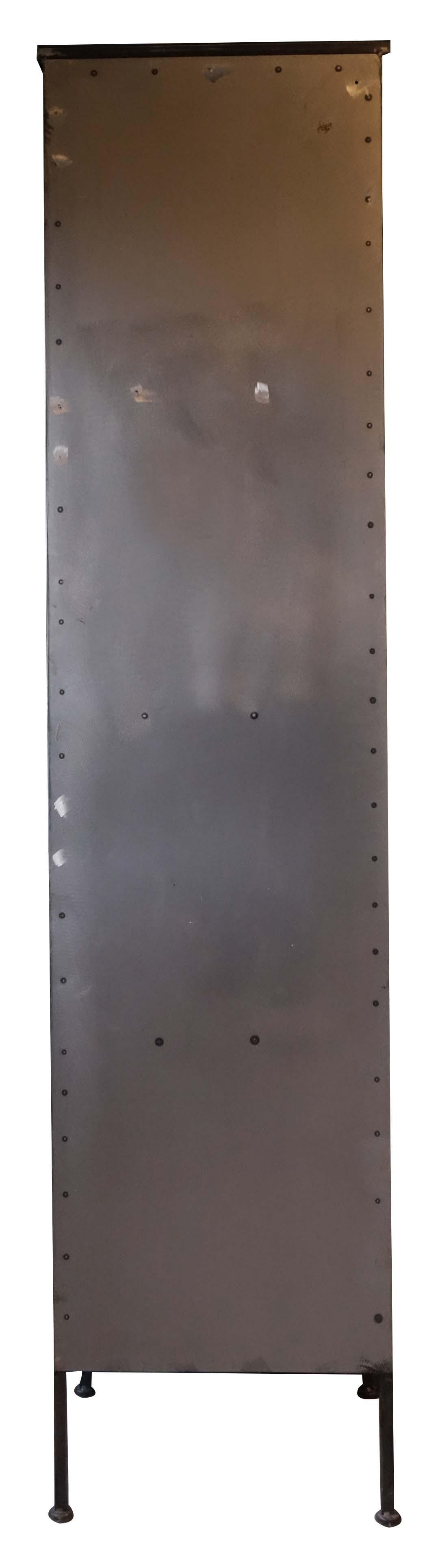 Hochschrank Metall